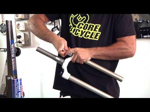 Horquilla Rock Shox 30: mantenimiento básico y limpieza y engrase del piston interior