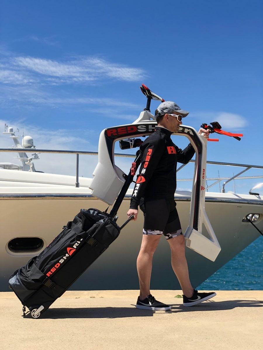 Transportar una bicicleta acuática